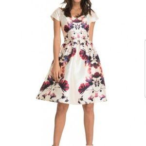 """NWT Chi Chi London """"Harmony"""" dress"""